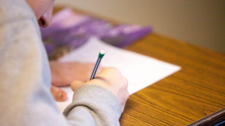 慶應義塾ニューヨーク学院の期末テストについて!学院生ならではの対策方法について!